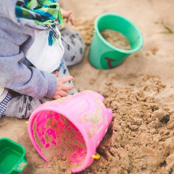 Otroška oprema, igrače